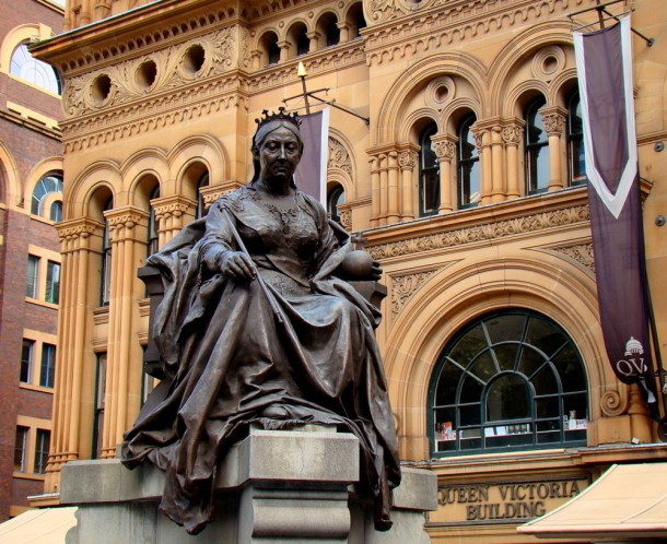 Statue of Queen Victoria in front of the Queen Victoria Building | Courtesy of Wikimedia Commons: http://en.wikipedia.org/wiki/File:Queen-Victoria-Statue-Outside-QV-Building.jpg