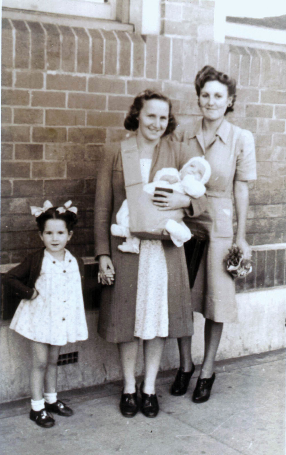 Rhonda Emery, Nita Emery (Brad's grandmother), and Evelyn Higgins (née Hatton).