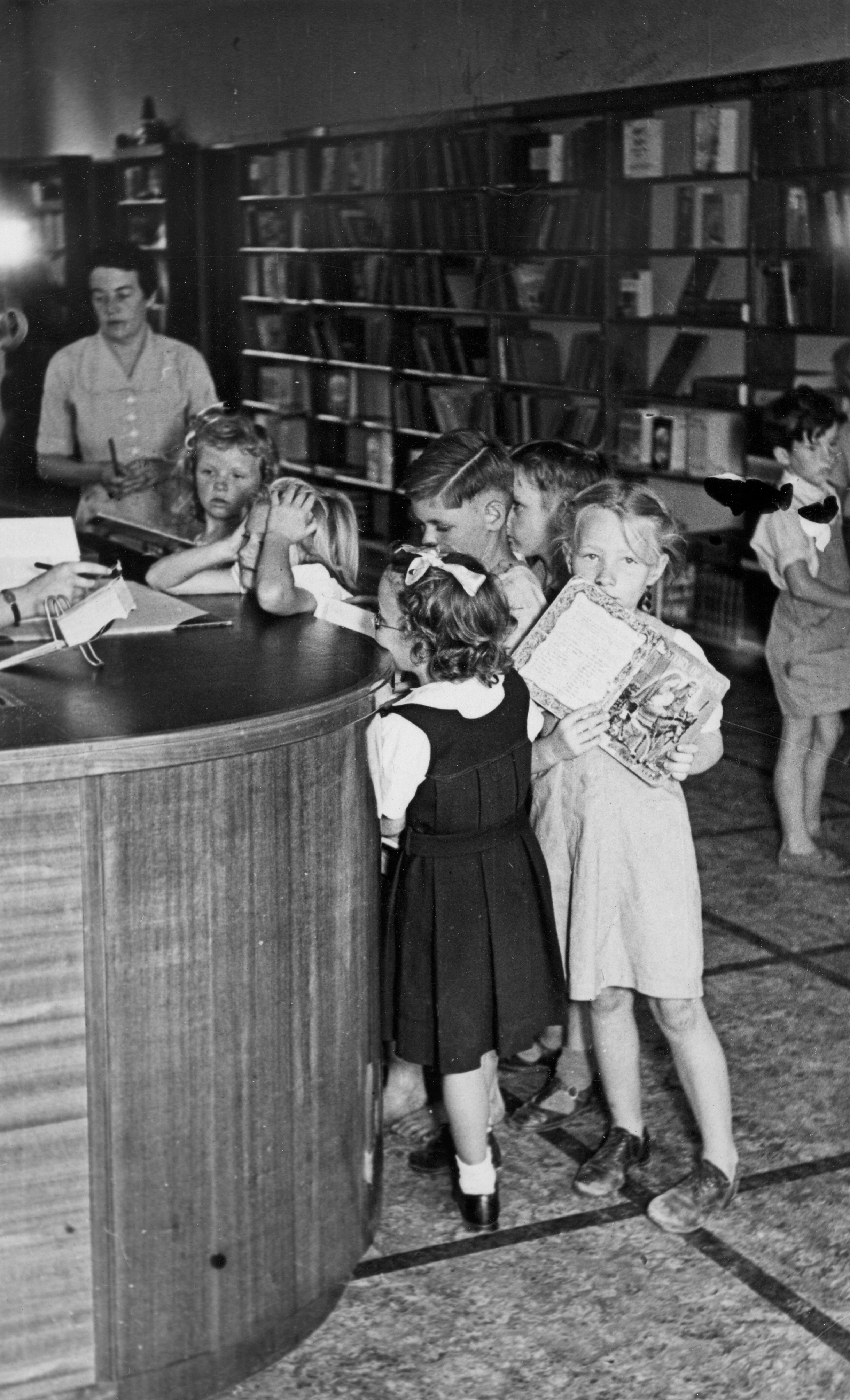 Gosford Library 1951