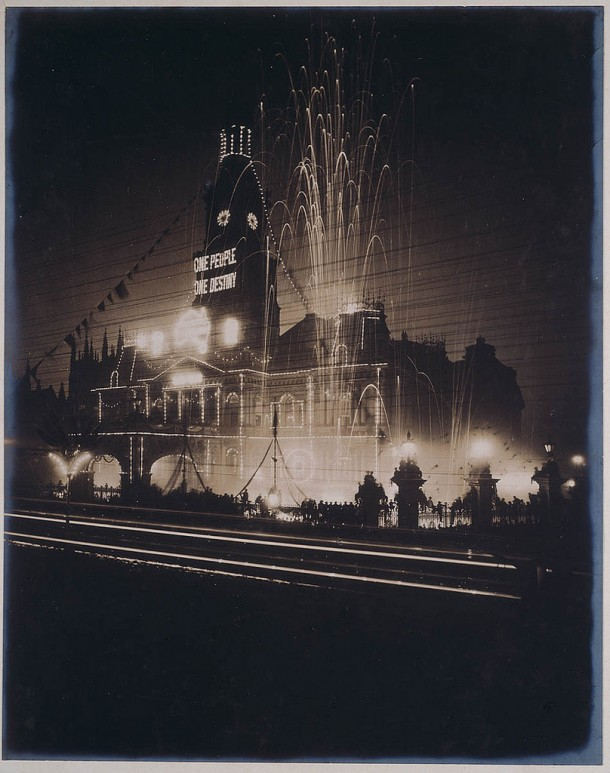 Celebrations at Sydney Town Hall mark the inauguration of the Australian Commonwealth, 1901.