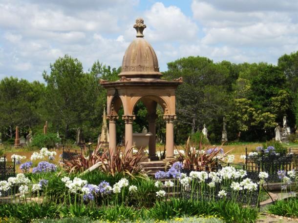 Rookwood Cemetery in Spring flowers