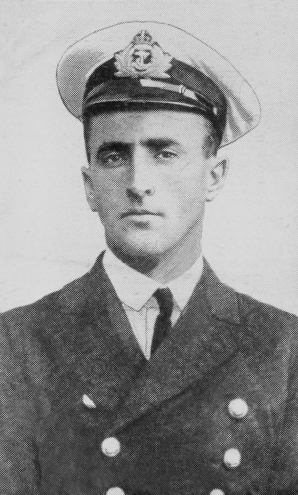 Lieutenant-Commander Charles Elwell. Courtesy The Kings School.