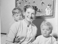 Adriana Zevenbergen, the 100,000th Dutch migrant to Australia, with her two sons, Cornelis (4) and Addo  (1) in 1958. Courtesy NAAA: A12111, 1/1958/4/48.