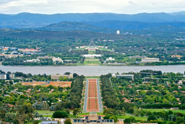 View of Canberra from Mt Ainslie. Courtesy Jason Tong.